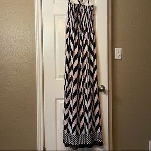 Magic Chevron Strapless Maxi Dress Size Medium